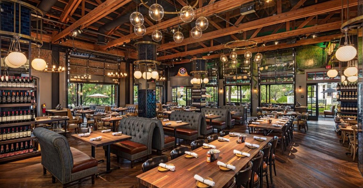 A 31 Year Old Seafood Concept Finds New Legs With Redesign Restaurant Hospitality
