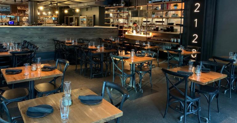 2120_Dining_Room_credit_Suzi_Pratt.jpg