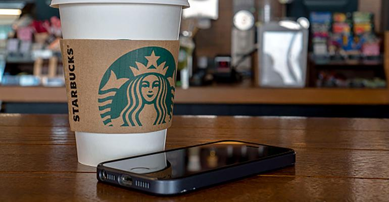 What We're Reading: Starbucks mobile pay trumps Apple