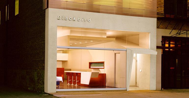 Blackbird_restaurant_exterior-Doug_Fogelson.jpg