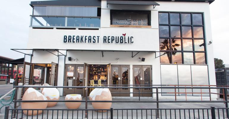 6 new breakfast spots aim to entice early birds
