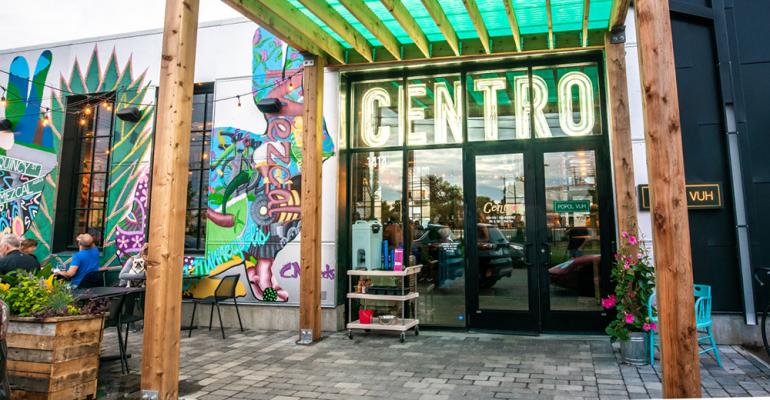 Centro_Restaurant_Entrance.png