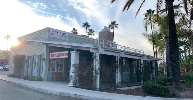 Hotville Chicken opens in Los Angeles