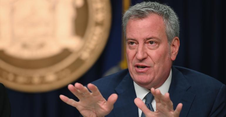 New-York-Mayor-Bill-De-Blasio-Postpones-Indoor-Dining.jpg