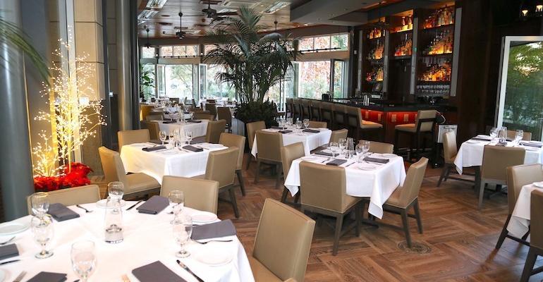 The dining room of Ocean Prime in Dallas