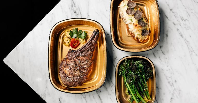 RPM_Steak_To-Go_Delivery_in_Chicago-2021_photo_credit_Lindsay_Eberly.jpg