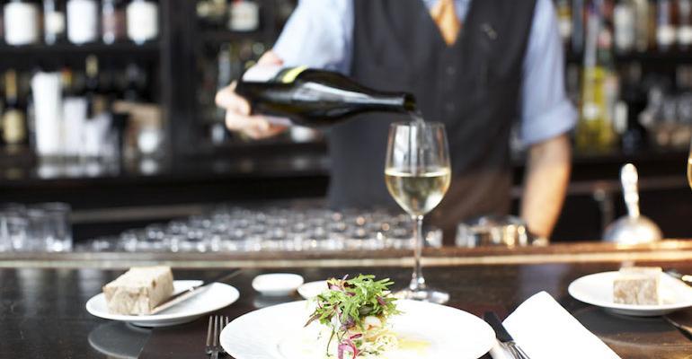 USHG,_Gramercy_Tavern_Dining_at_the_bar_(Ellen_Silverman).jpg