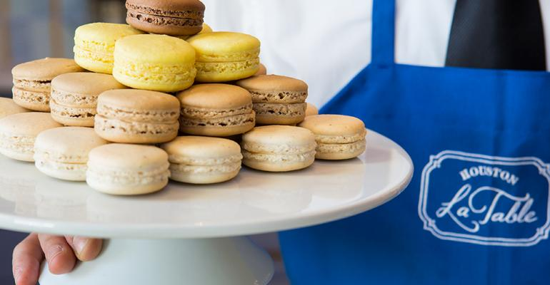 Macarons at La Table