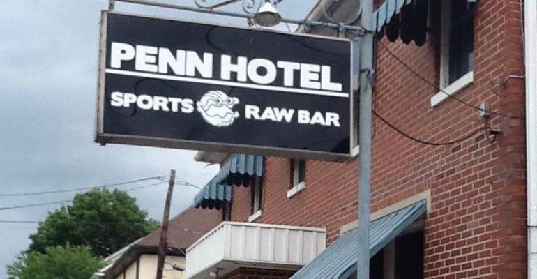 penn hotel raw sports bar.jpg