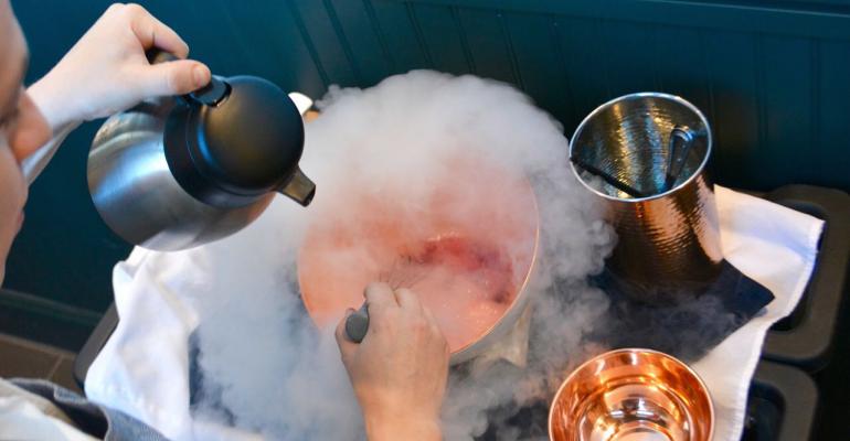 restaurant-hospitality-julii-liquid-nitrogen-ice-cream-promo.png