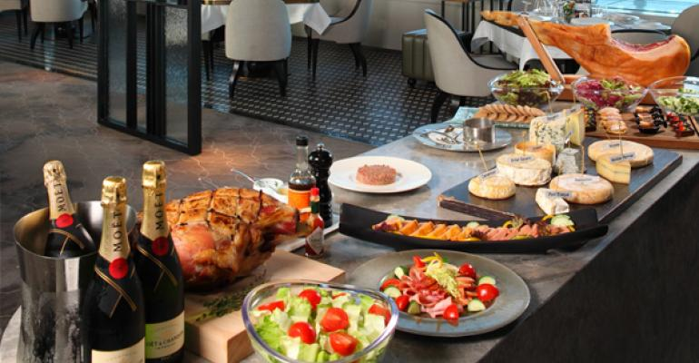 Mimosas, bacon rule at top brunch spots