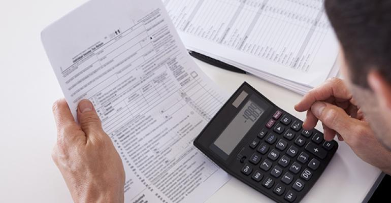 Three ways restaurant owners can better manage credit