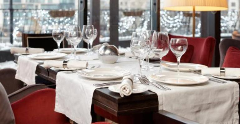 One study says restaurants are experiencing more empty tables during the holiday season