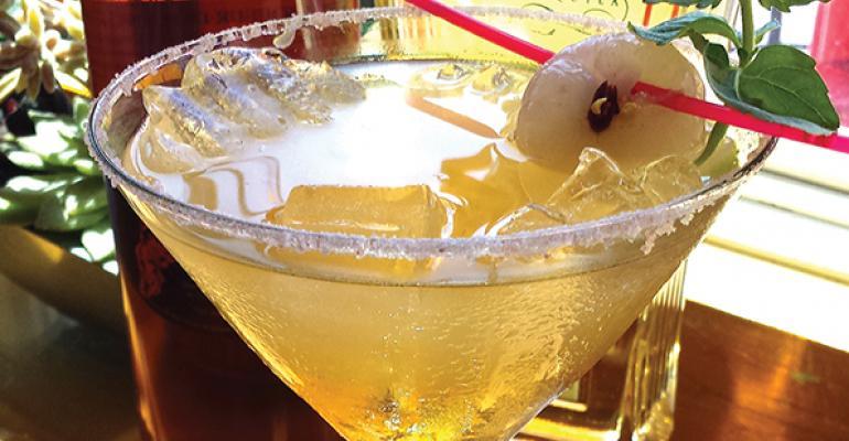 2015 Best Cocktails in America: Olamendi's Oro