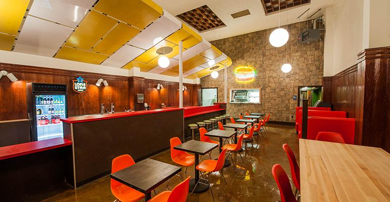 WesBurger n39 More has a retro vibe and counter service