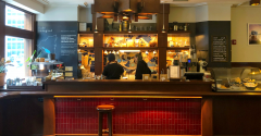 Hostel_Freehand_Chicago_Coffee_Bar_Ron_photo_May2019-promo.png