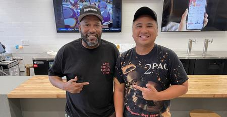 Bun_B_and_Andy_Nguyen_at_Sticky_s_Chicken_photo_by_Nick_Scurfield.jpeg