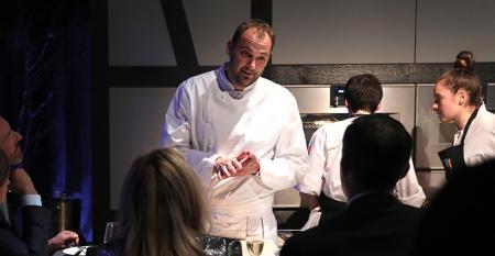 chef-daniel-humm-nomad-hotell-split.jpg