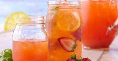 Basil Strawberry Lemonade