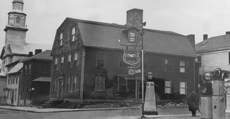 white-horse-tavern-early-20th-centry.jpg