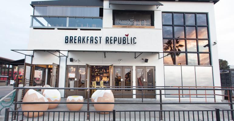 6 new breakfast spots aim to entice early birds