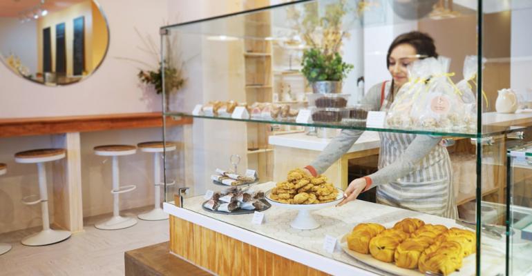 Half-Peach Bakery & Cafe