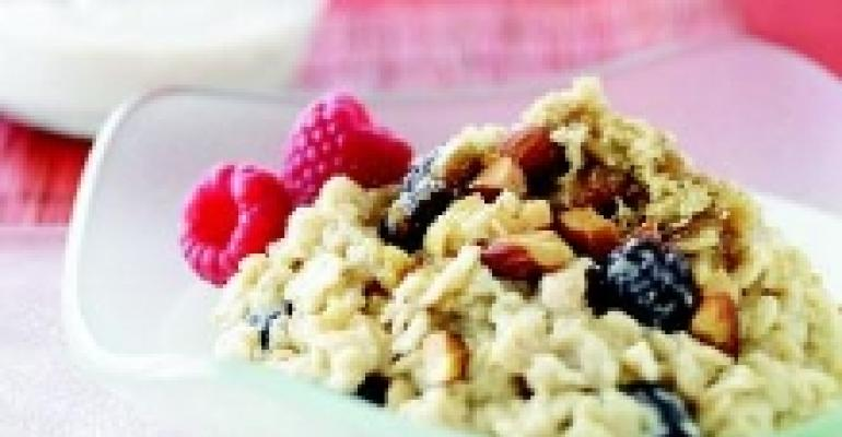 Creamy Oatmeal with Dried Cherries and Almonds