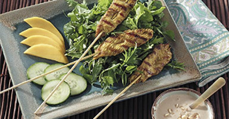 Turkey Satay Salad with Mango and Mixed Greens