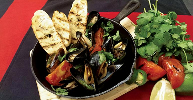 Charred Tomato and Tequila Mussels with Grilled Bread