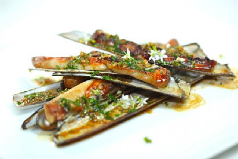 Razor clams with yuzu, garlic and olive oil