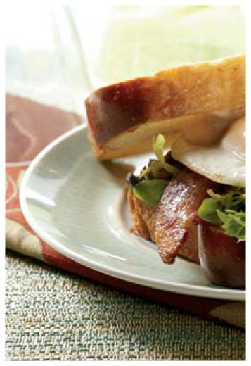 Bacon, Egg and Crispy Mushroom Sandwich
